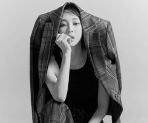 kpop, paleresource, and dancer image