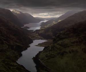 harry potter, hogwarts, and lake image