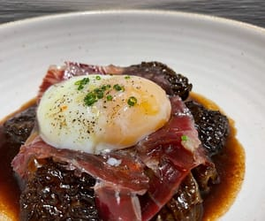 Barcelona, egg, and ham image