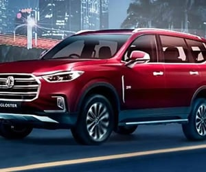 best luxury suv in india, best suv car in india, and 7 seater mg hector image