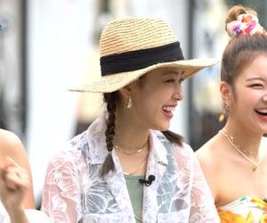 girls, icon, and yuna image