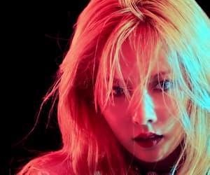 kpop, hyuna, and roll deep era image