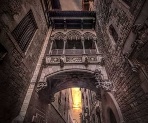 Barcelona, old town, and photography inspiration image
