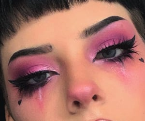 aesthetic, black, and make up image