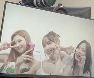 momo, once, and jeongyeon image