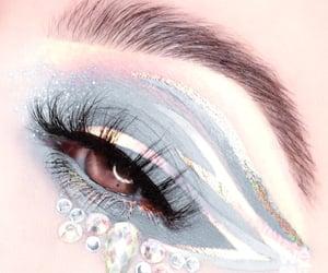 art and makeup artist image