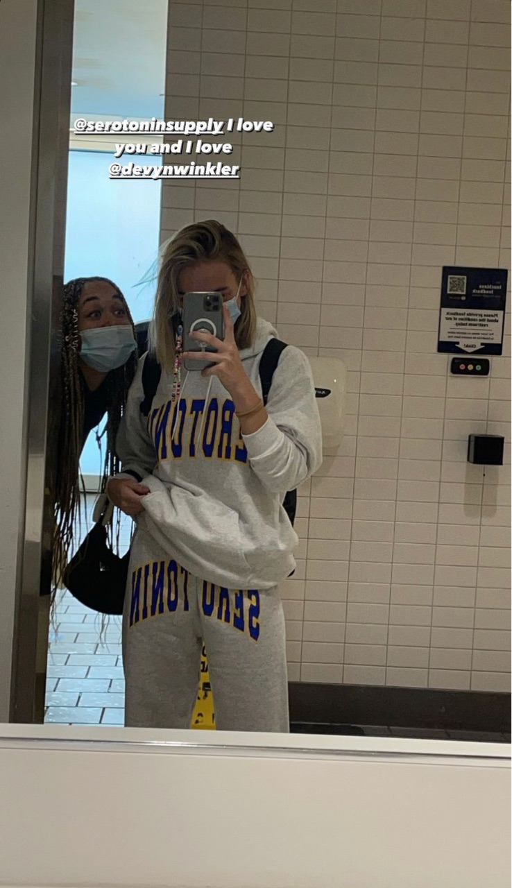 aesthetic, bestfriend, and airport image