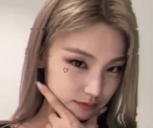 girl group, itzy, and cute image