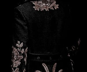 dark, fairytales, and royalty image