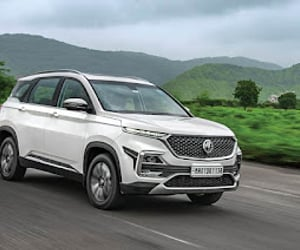 best suv in india, best luxury suv in india, and best suv car in india image