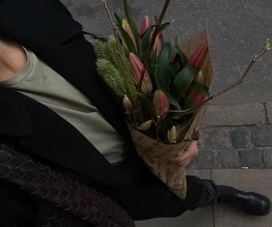 aesthetic, bouquet, and lily image