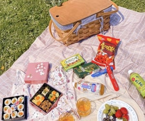 bento box, kimbap, and garden party image