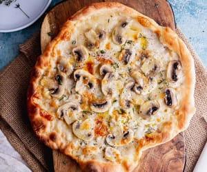 mushroom and pizza image