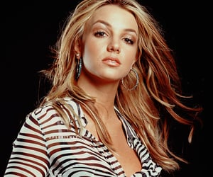 2000, britney spears, and photoshoots image