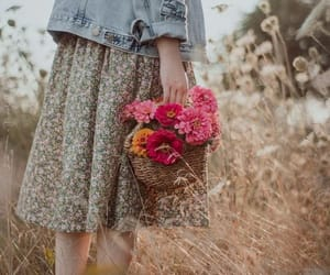 August, beauty, and bouquet image