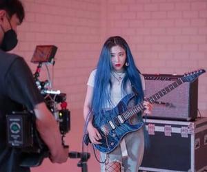 guitar, rolling quartz, and choi hyunjung image
