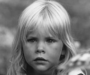 blonde, child, and loira image