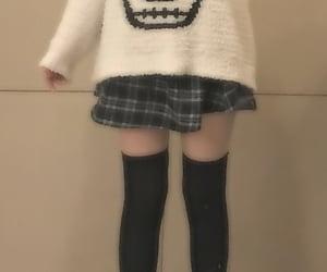 alt girl, thigh high socks, and pleated skirt image