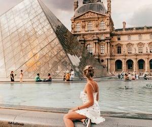 louvre museum and paris-france image