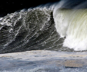 hawaii, wave, and kiabo surfing image
