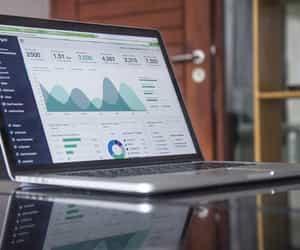 influencer marketing, crypto advertising, and crypto marketing agency image