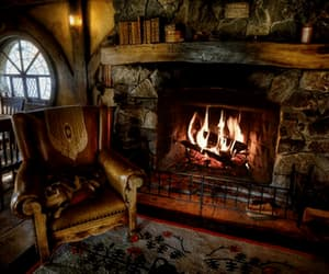 cozy, gif, and middle earth image