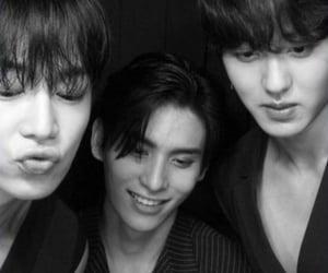 black white, chani, and dawon image