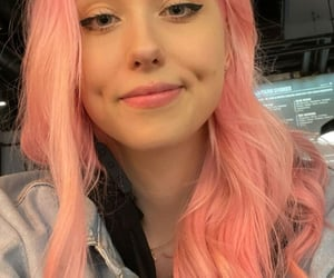 aesthetic, girls, and pink hair image