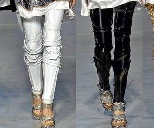 Balenciaga, fashion, and ⓜⓔⓣⓐⓛⓘⓒ image