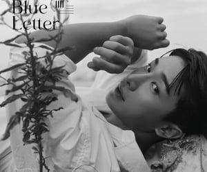 b&w, mini album, and wonho image