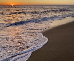 beach, horizon, and waves image