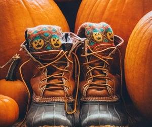 Halloween, inspiracion, and botas image