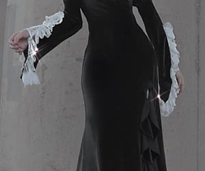 aesthetic, gown, and grunge image