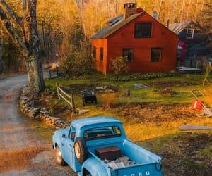 barn, fall, and autumn image