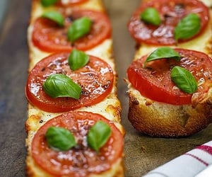 pizza, french bread, and tomato image