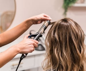 hair, hair salon, and curling wand image