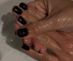black nails image
