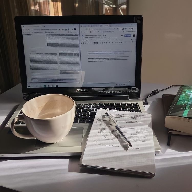 Imagem de book, journal, and school