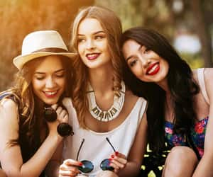 beauty services in la, best beauty services, and salon and spa services image