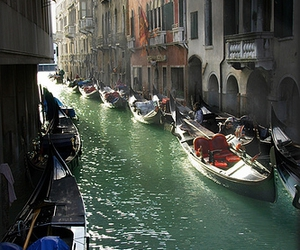 boats and venice image