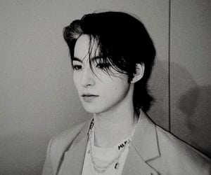 black and white, kpop, and choi youngmin image