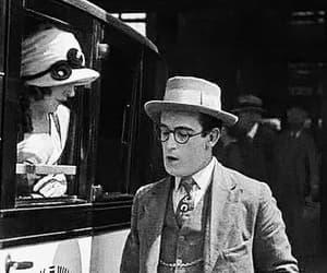 harold lloyd, romance, and 1920s image