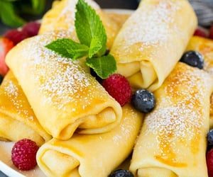 berries, brunch, and cooking image