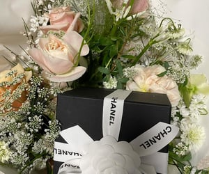 chanel, flower, and jennie image