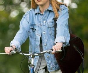 leatherjacket, maisie williams, and fauxjacket image