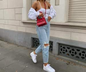 street style, mom jeans, and top image