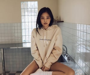 chanel, yg entertainment, and jennie kim image