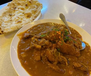 food and chicken curry image