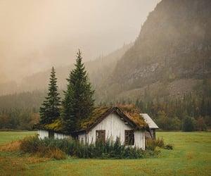beautiful, farmhouse, and mountain image