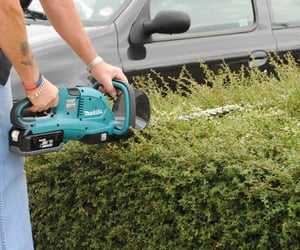 farm tool, trimmer, and cordless hedge trimmer image